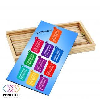 Дървена кутия с моливи
